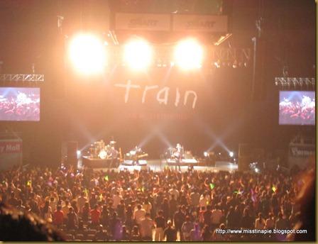 TME: Train: Wake up the Happiness! (12.7.11)