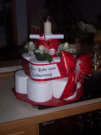 Klopapiertorte torte kreative ideen geschenke kreative gegenstände