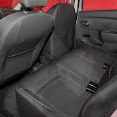 2013-Dacia-Sandero-7.jpg