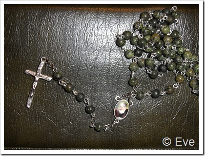 Rosaries un Co 015