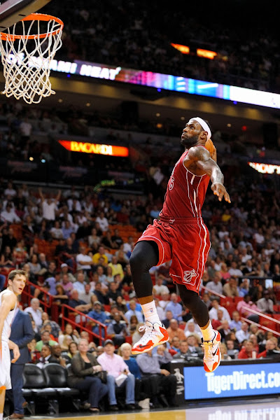 King James Goes Back to LEBRON 11 for the Whole Game