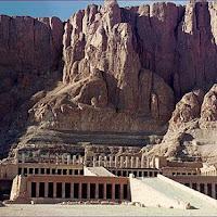 23.- Templo de la reina Hatshepsut