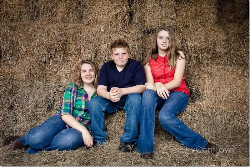 va-family-portraits-field-9