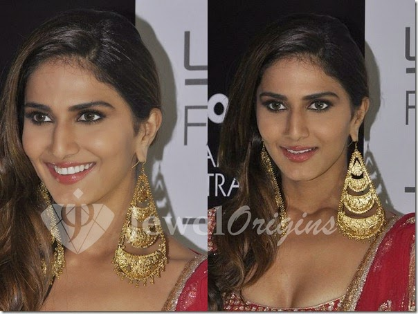Vaani_Kapoor_Gold_Earrings