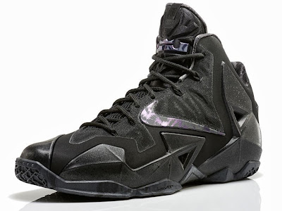 nike lebron 11 gr triple black 4 03 LeBron 11 Blackout Gets Sooner Release Date. Drops this Saturday!