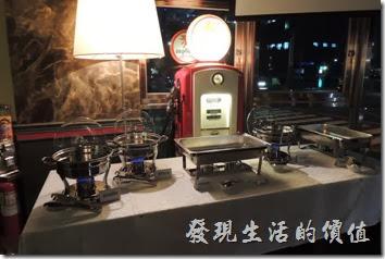 台北-佩斯坦咖啡館