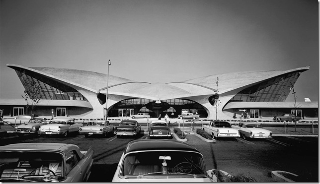 Ezra Stoller_TWA Terminal at Idlewild (now JFK) Airport, Eero Saarinen, New York, NY, 1962