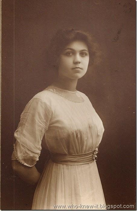 Loraine Xmas 1912