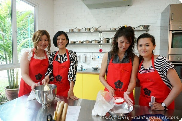 Mary Quant Baking Workshop25