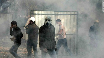 111123034414-egypt-tear-gas-nov-23-story-top
