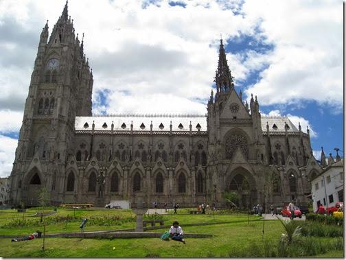 1386816864000-Quito