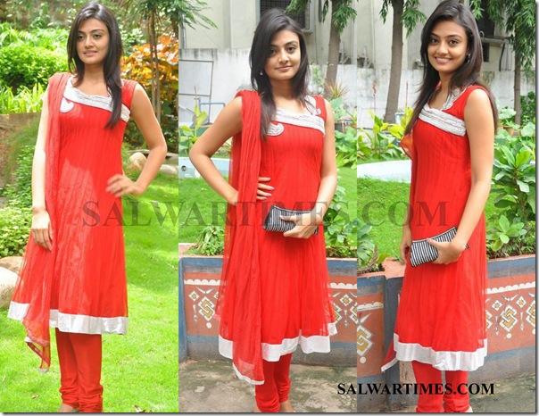 Nikitha_Narayan_Designer-Salwar_Kameez