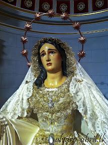 maria-santisima-del-sacromonte-pascua-y-mayo-y-besamanos-2013-alvaro-abril-(3).jpg
