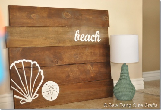 Beach Plank Sign &amp; Rope Lamp