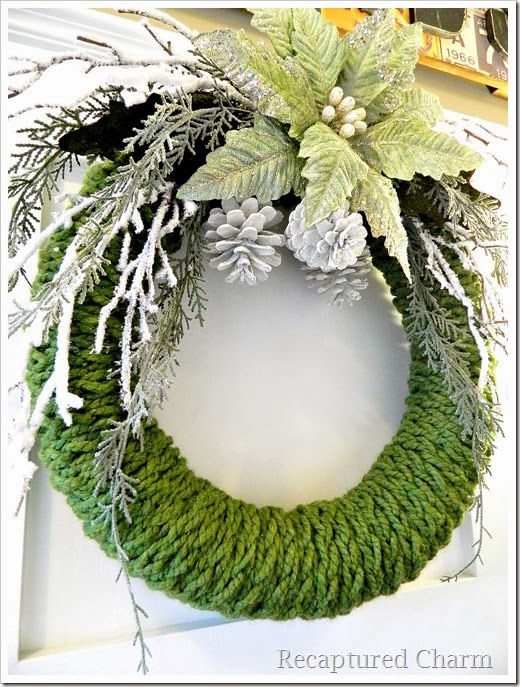 finger knitted christmas wreath19