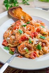 Shrimp Linguine in a Tomato and Feta Sauce 800 3083