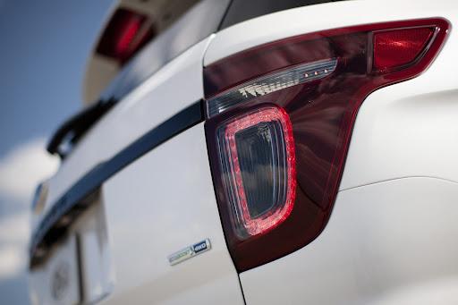2013-Ford-Explorer-Sport-12.jpg