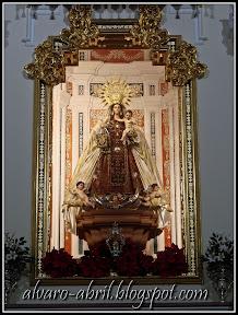 carmen-coronada-malaga-floral-vestimenta-navidad-2011-alvaro-abril-(12).jpg