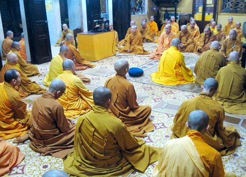 Pháp phục Phật Giáo - Tại sao chúng ta chưa có Pháp phục Phật giáo thống nhất?