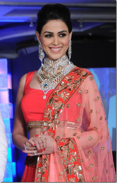 Genelia D'Souza walks the ramp for HVK Show Photos