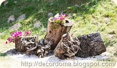 Коряга или пень в декоре сада 2