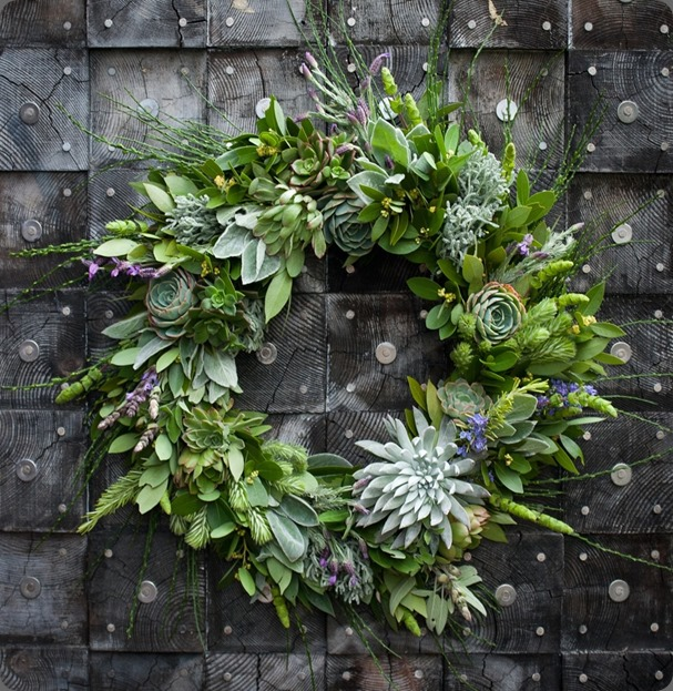 Bay-and-Succulent-Wreath lila b