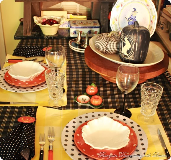 Halloween Tablescape Ideas