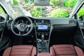 2013-Volkswagen-Golf-63
