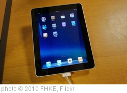 'iPad' photo (c) 2010, FHKE - license: http://creativecommons.org/licenses/by-sa/2.0/