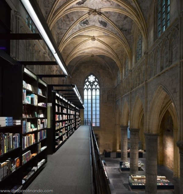 selexyz-library-livraria-holanda-igreja-desbaratinando (5)