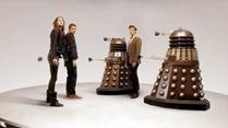 Doctor.Who.2005.7x01.Asylum.Of.The.Daleks.HDTV.x264-FoV.mp4_snapshot_04.28_[2012.09.01_19.17.54]