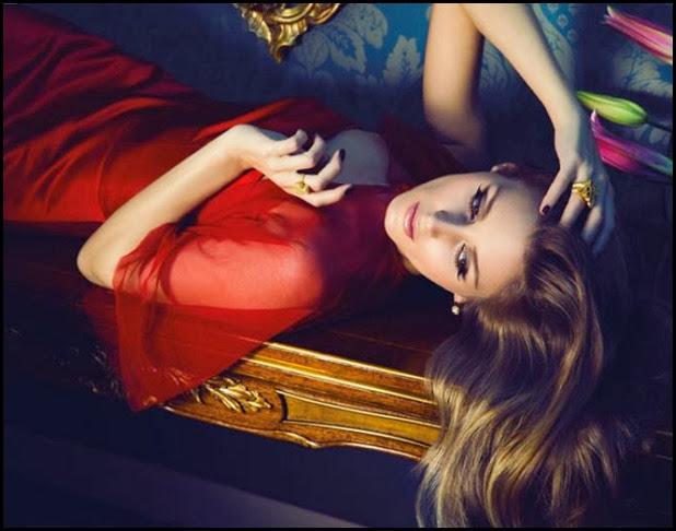 Olivia-Parlermo-vestida-Antonio-Garcia-nueva-coleccion-Carrera-Carrera