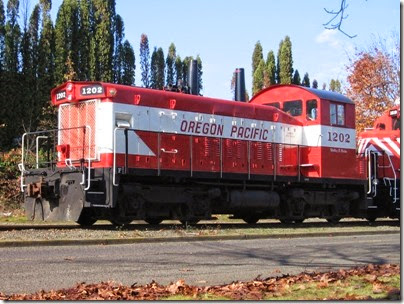 IMG_9317 Oregon Pacific SW1200RSu #1202 in Milwaukie on November 7, 2007
