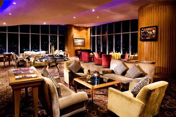 Hi_H5PZQ_47295600_13-_Pacific_Lounge