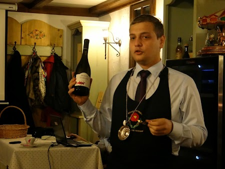 21. Gheorghe Iulian Bogdan, somelier Tohani.JPG