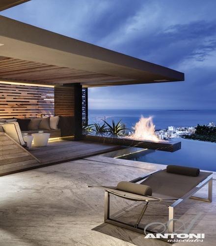 construccion-casa-de-lujo-con-piscina-Antoni-Associates
