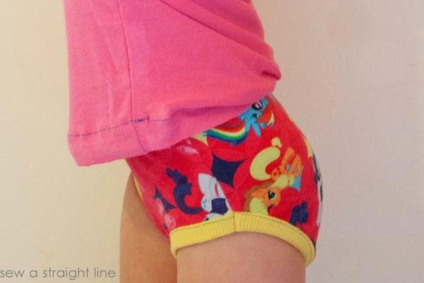 a ottobre underwear 6 2013 sew a straight line-1-6