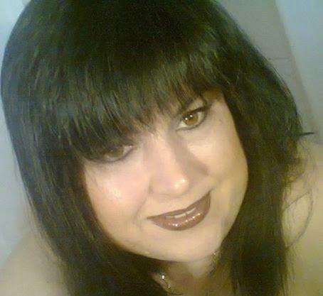 Άντζελα Λουκέρα – Υποψήφια με τον Χρ. Άνθη
