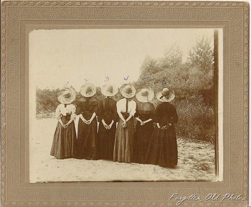 Six Girls in Hats DL Antiques