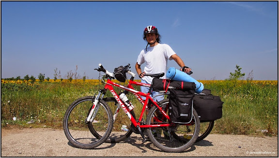 Adi si bicicletele pregatite de drum