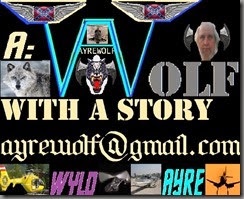 WOLF WITH A STORY HEAD