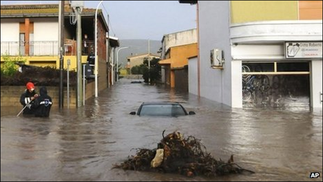 Flooding in Sardinia caused by Cyclone Cleopatra, 19 November 2013. Photo: AP