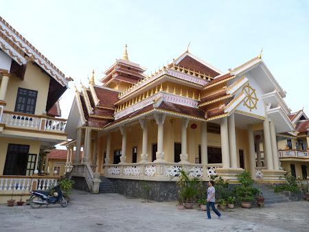 147. templu budist thailandez.JPG