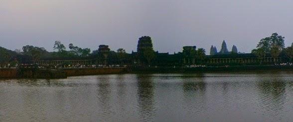atardece en Angkor Wat