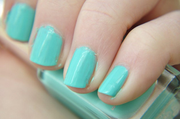 NOTD barry m greenberry gelly nail paint swatch