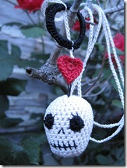 Skull necklace2