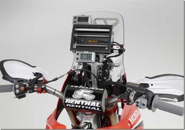 Honda-2-2013-CRF450-Dakar-Rally-Racer-10-4-12