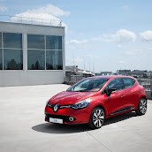 2013-Renault-Clio-4-Mk4-Official-28.jpg