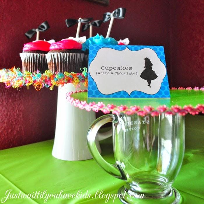 Onederland-Deets-Cupcake-St
