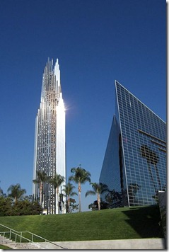400px-Crystal_Cathedral_Tower
